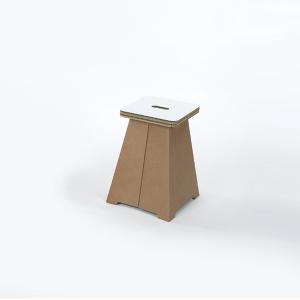 Chaises en carton - PUFFO BASSO
