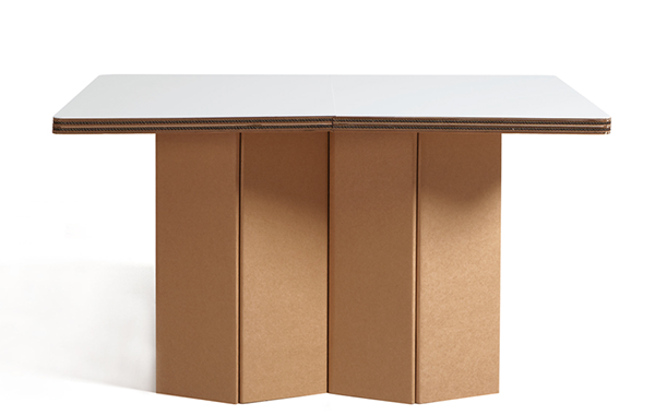 Mobiliers en carton - POP TABLE