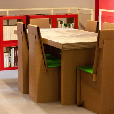 Mobiliers en carton - Aménagement Bibliothèque Santa Maria Nuova