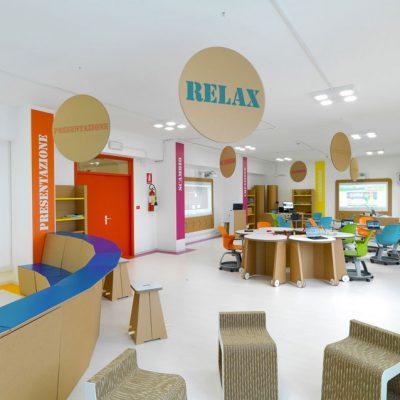 Mobiliers en carton - Aménagement Ecole durable 3.0 Institut Savoia Benincasa