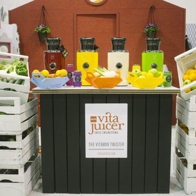Mobiliers en carton - Aménagement du Vita Juicer
