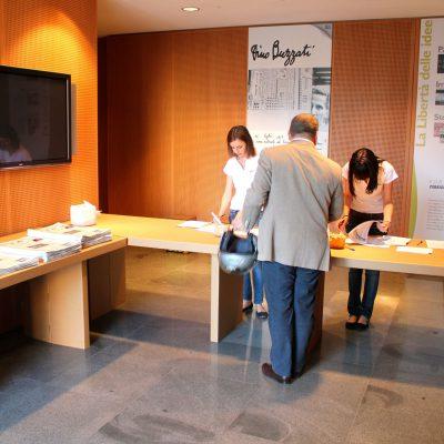 Mobiliers en carton - Corriere della Sera EVENT